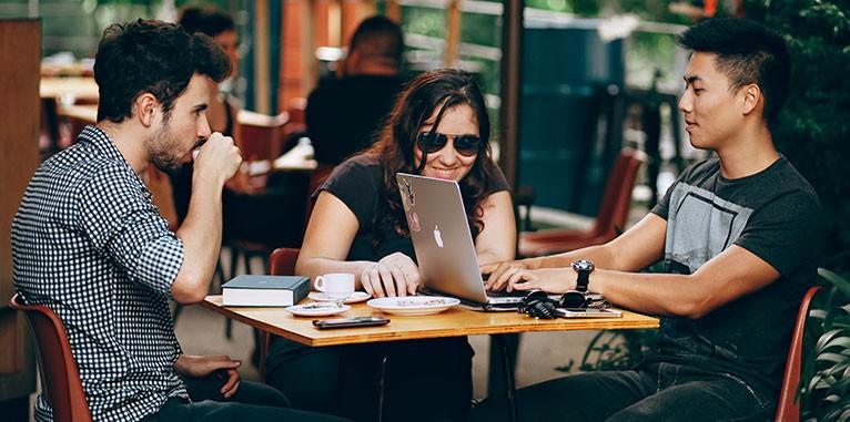 Imagen 2 en 10 ideas para conquistar a tus empleados millenials IT