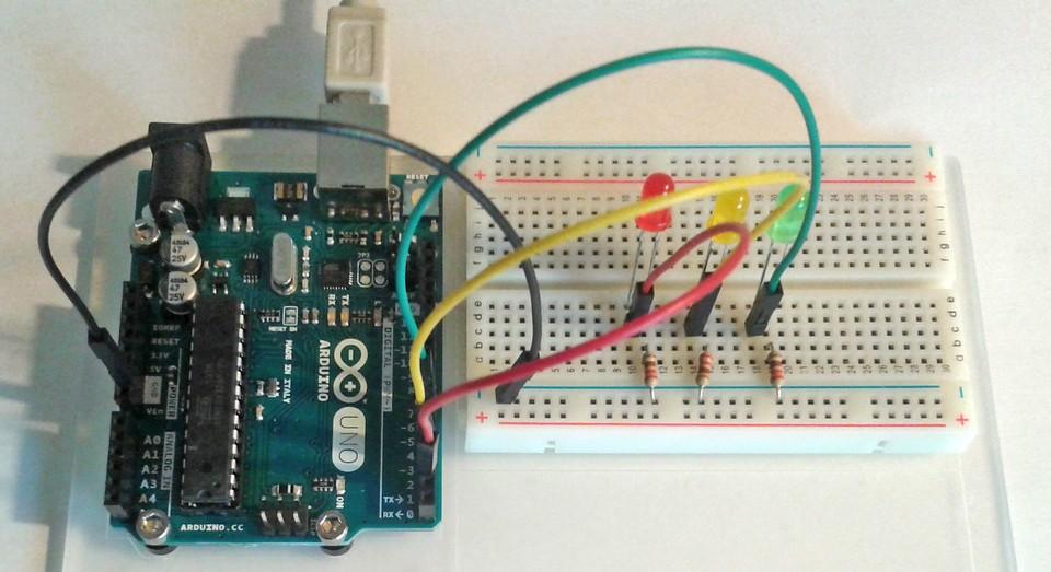 Imagen 9 en Tutorial Arduino: Ejemplo Semáforo